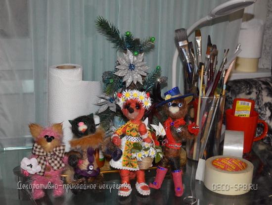 Авторская работа: Сувенирные игрушкиКотаны в тусовке ;-)